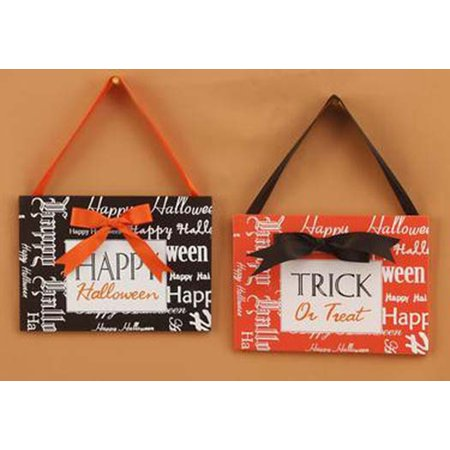 Youngs Halloween Wreath Decoration - Trick or Treat Happy Halloween Signs 2pc.