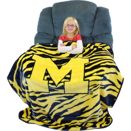 College Covers Michigan Wolverines Throw Blanket