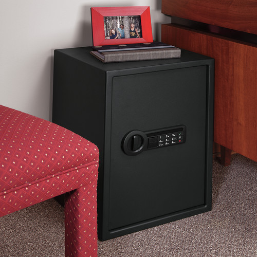 Stack-On Extra Large Personal Safe with Electronic Lock by Stack-On