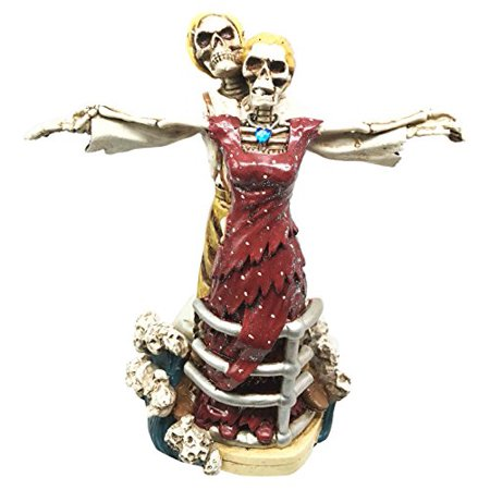 Grand Titanic Rose and Jack Skeleton Love Never Dies Ship Hull Scene Figurine Statue Day of The (Titanic Love Scene Jack And Rose In Car)