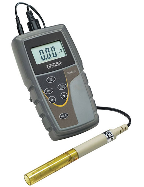 Conductivity Meter, Oakton, WD-35604-00 by Oakton