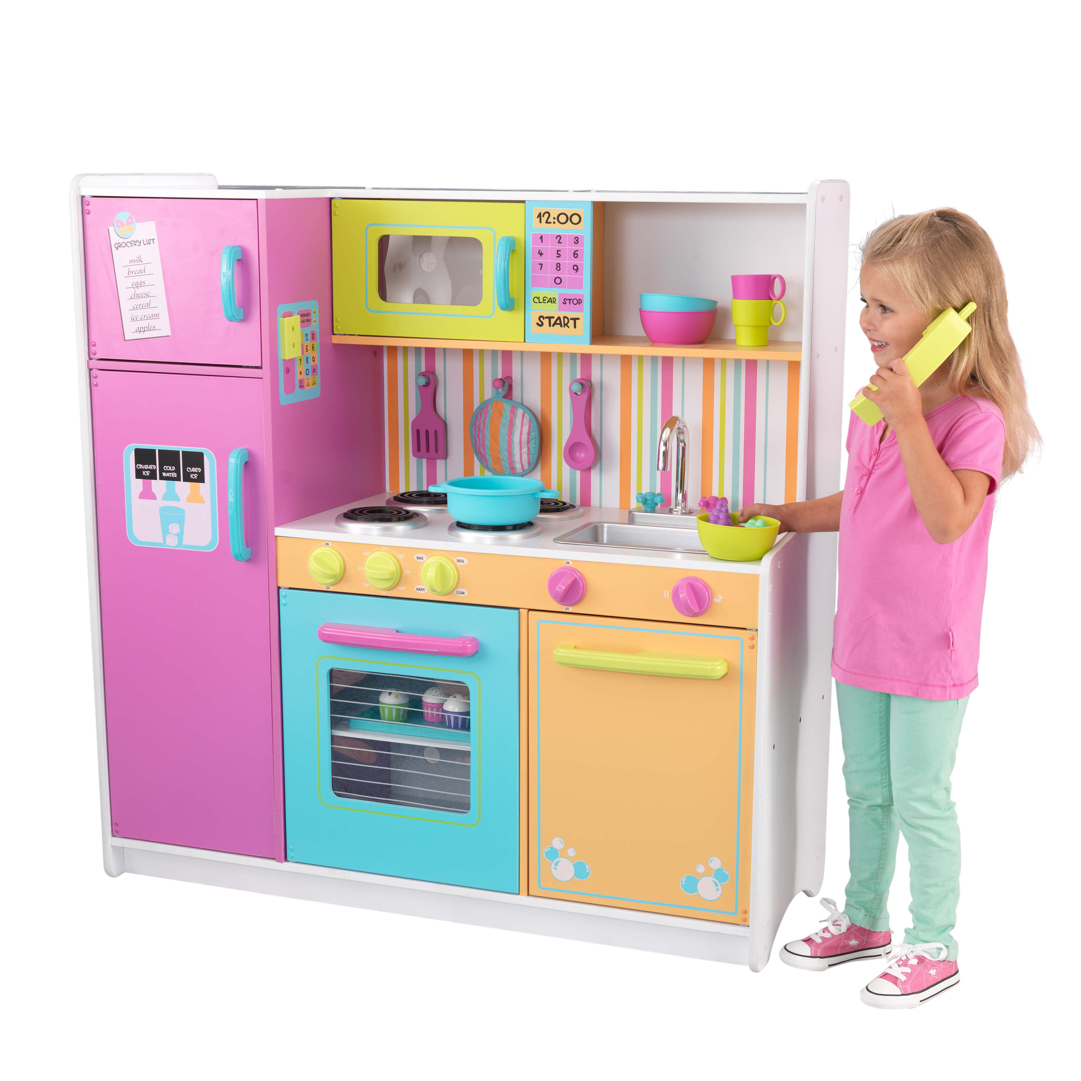KidKraft Deluxe Big and Bright Kitchen by KidKraft