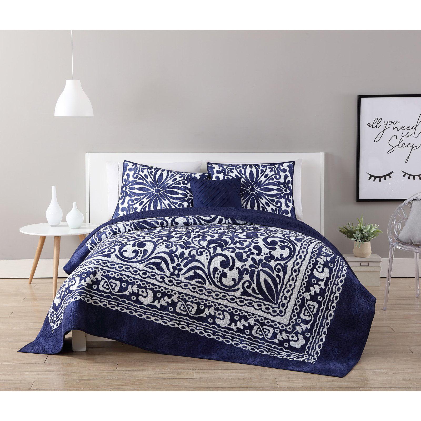 VCNY Home Navy/White Eleanor 3/4-Piece Quilt Bedding Set