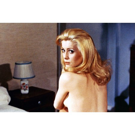 Belle De Jour Catherine Deneuve 1967 Photo - Belles Photos De Halloween