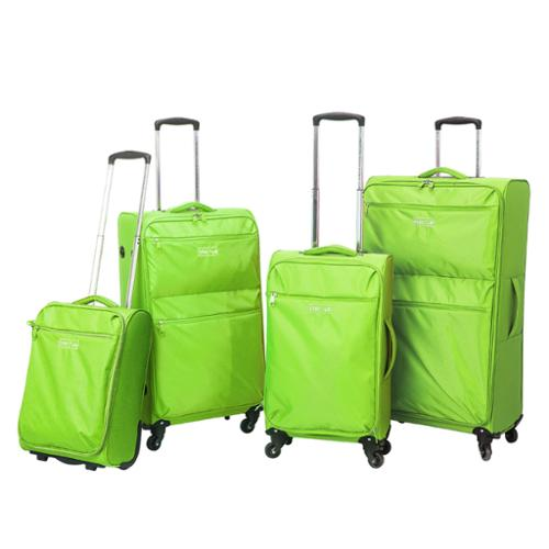 Traveler's Club Cloud 4-piece Super-Lite Spinner Luggage Set Lime