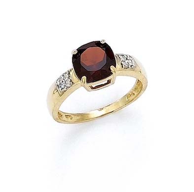 14k Gold Diamond 8mm Garnet Ring .06 dwt Size 7.0 by