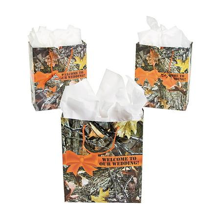 Fun Express - Camo Wedding Gift Bags for Wedding - Party Supplies - Bags - Paper Gift W & Handles - Wedding - 12 - Camo Wedding Theme