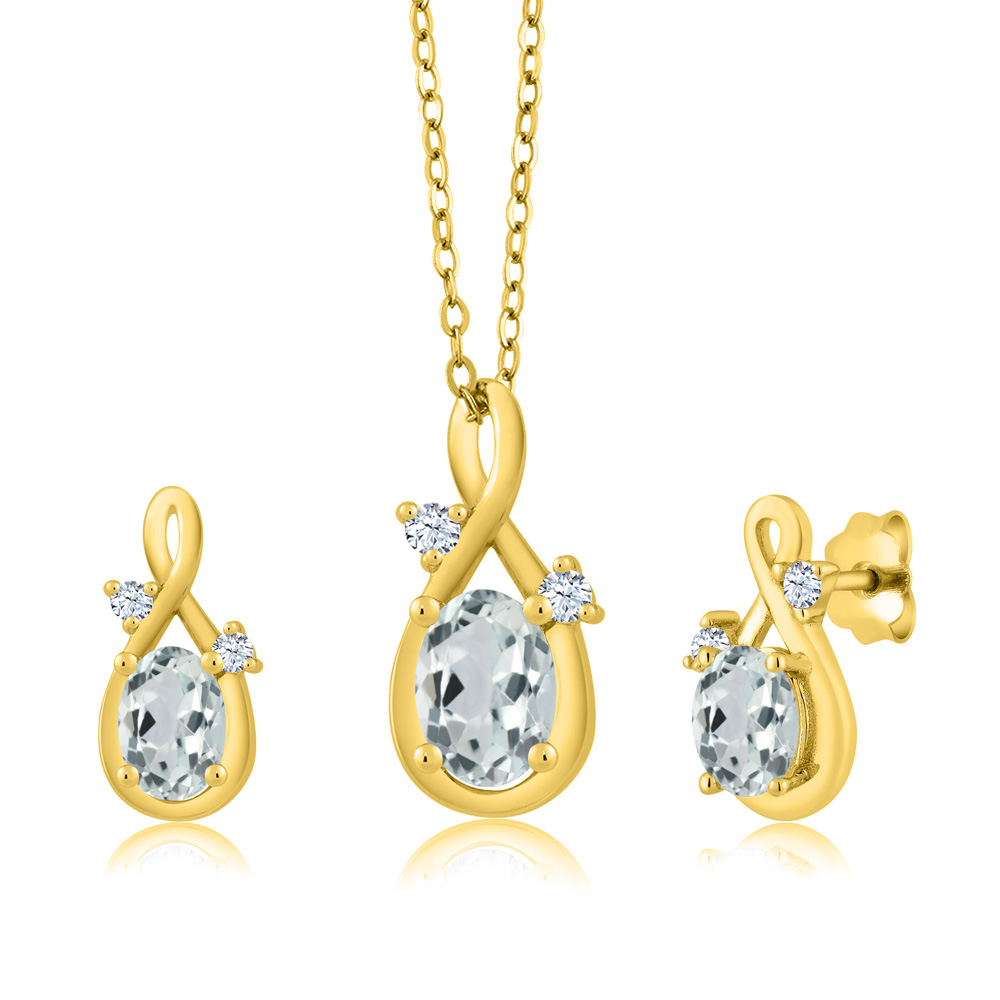 1.67 Ct Oval Sky Blue Aquamarine 18K Yellow Gold Pendant Earrings Set by