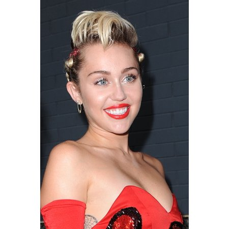 Miley Cyrus At Arrivals For 2015 Amfar Inspiration Gala Canvas Art     16 X 20