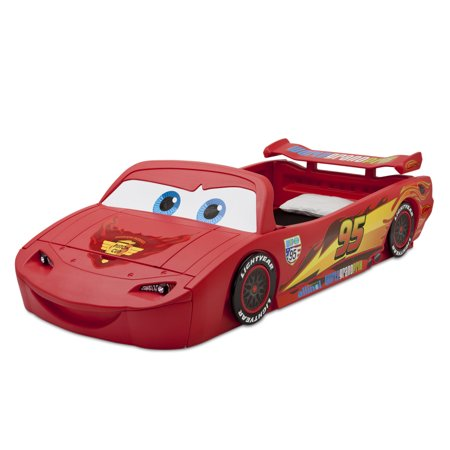Delta Children Disney/Pixar Cars Lightning McQueen Plastic Toddler Bed Lightning Mcqueen Furniture
