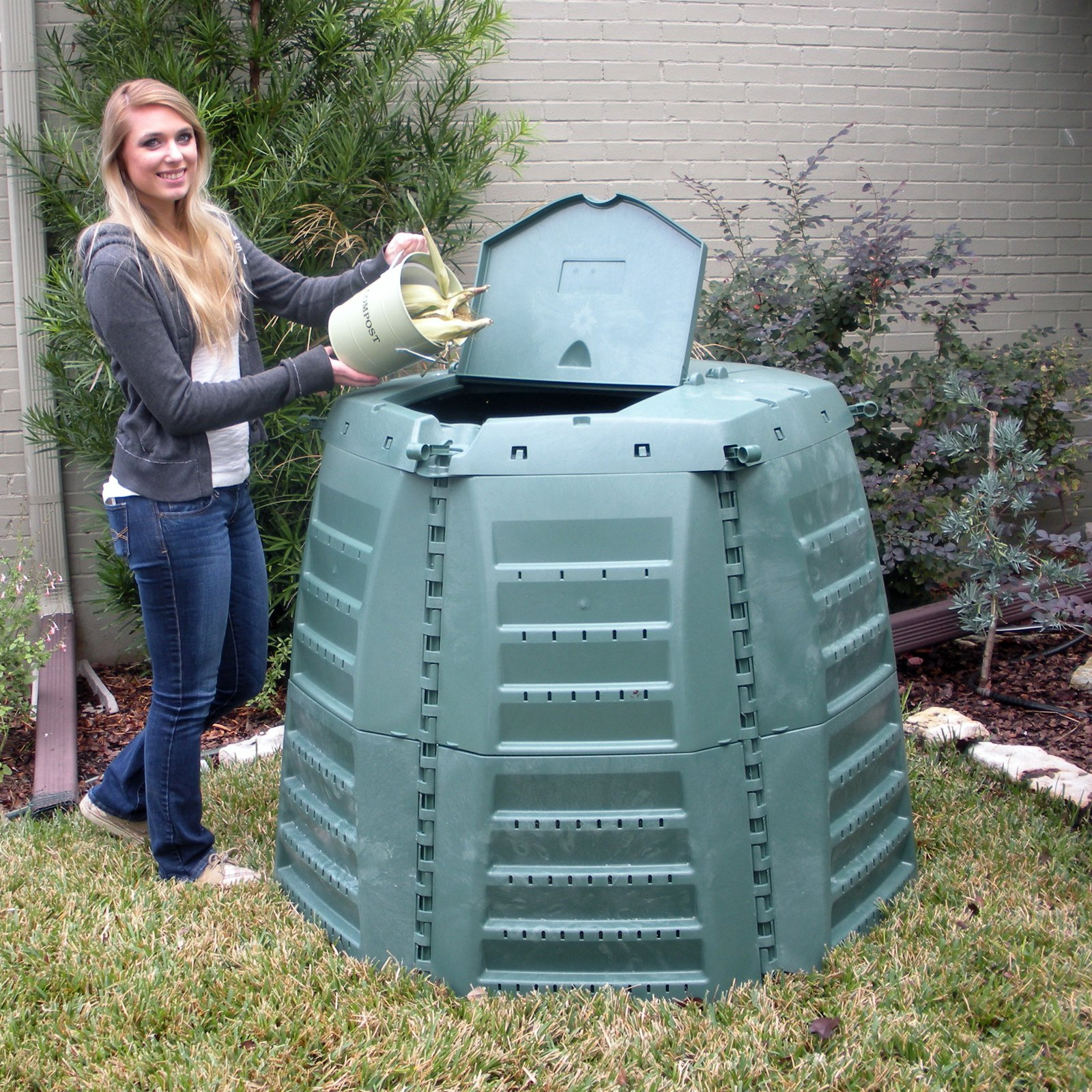 Exaco Thermo Star 1000 Recycled Plastic 267-gal. XXL Compost Bin by Exaco