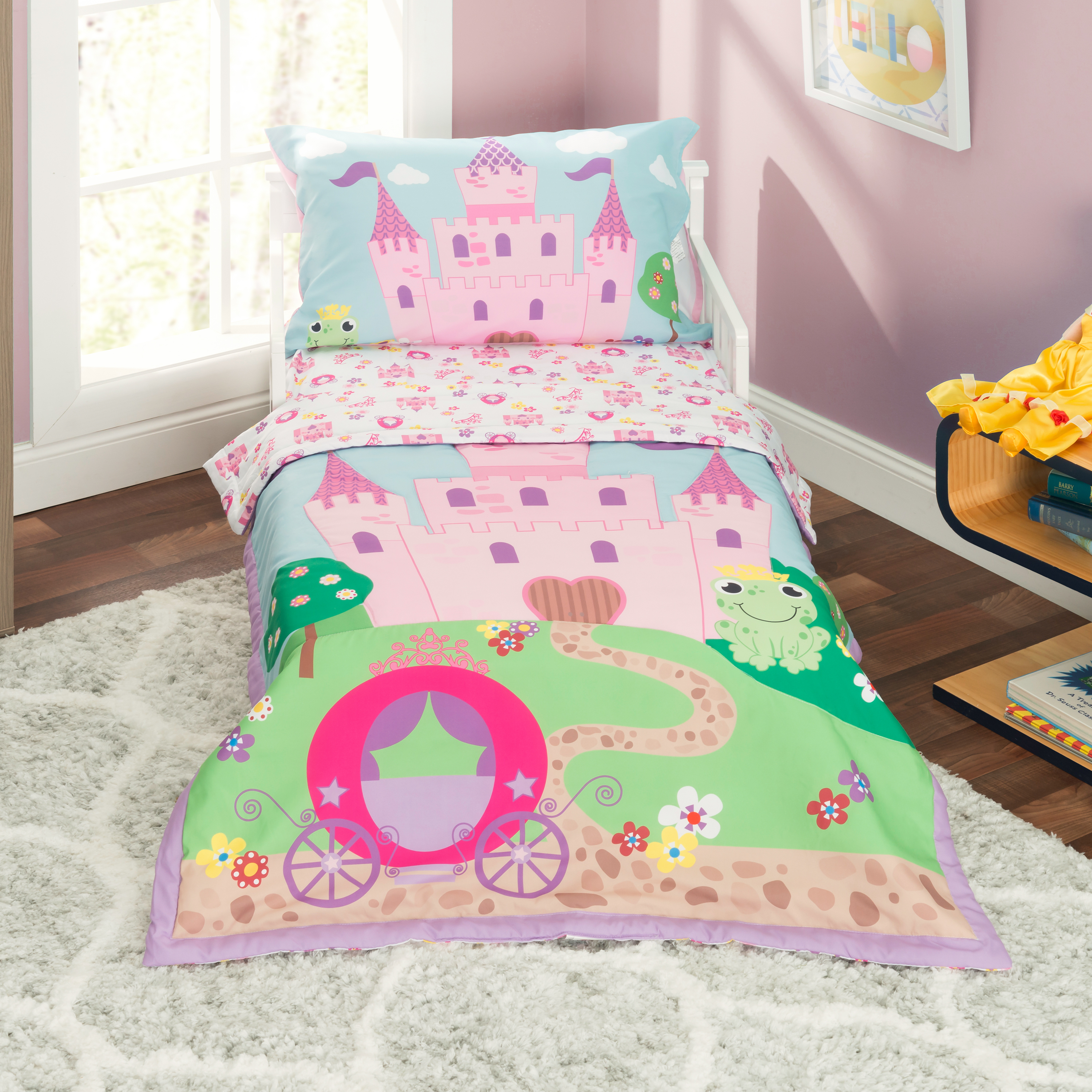 Everyday Kids 4 Piece Toddler Bedding Set -Princess Storyland