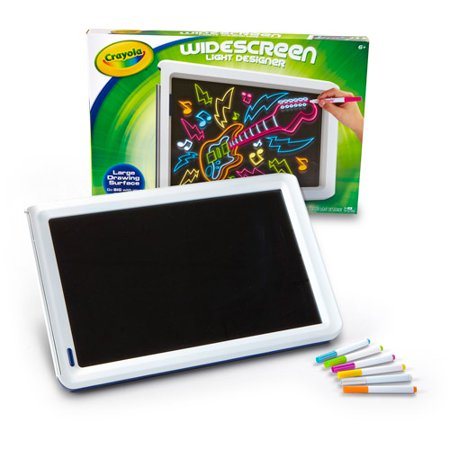 Crayola light design easel Crayola fashion design studio reviews