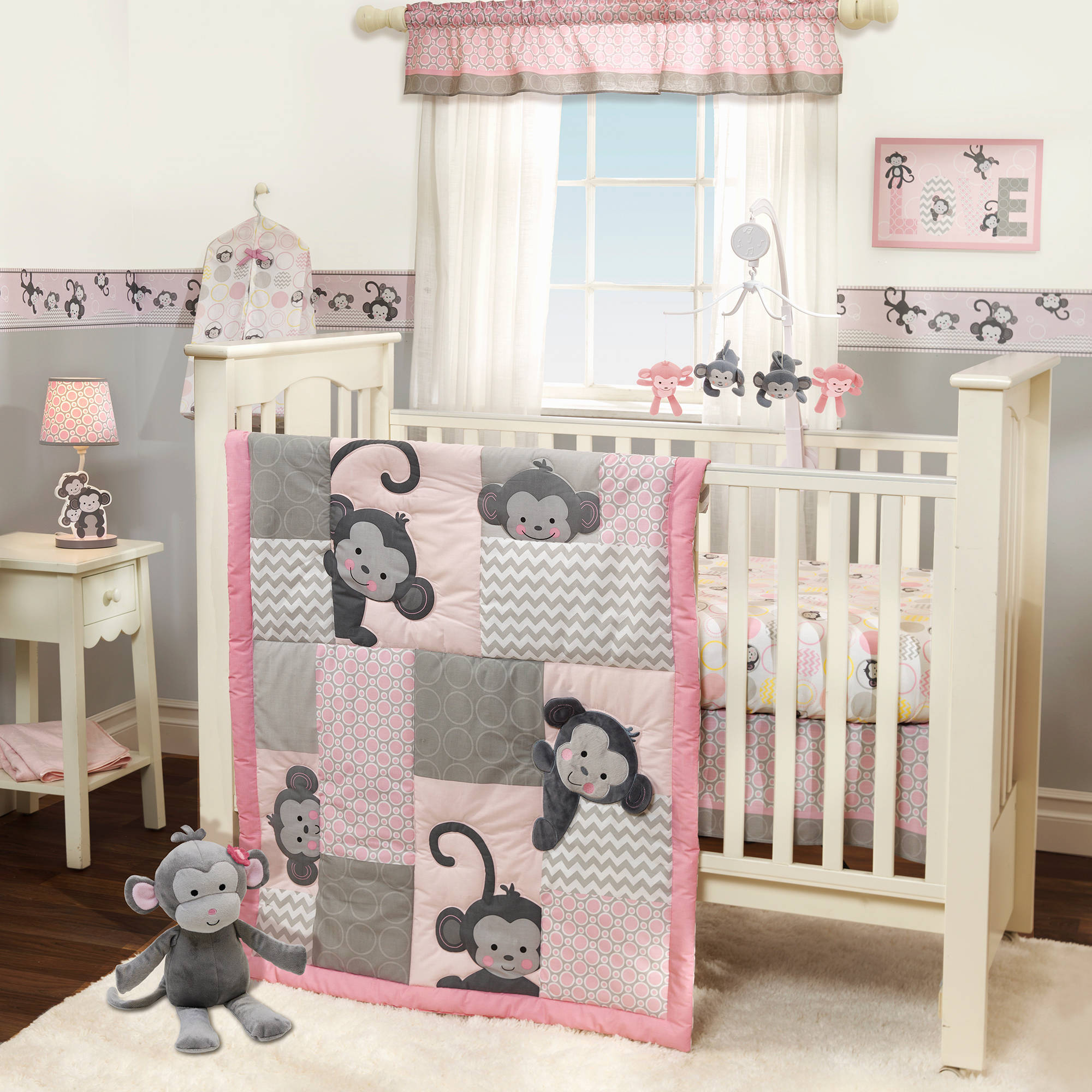 Bedtime Originals Pinkie 3 Piece Crib Bedding Set Multi Color