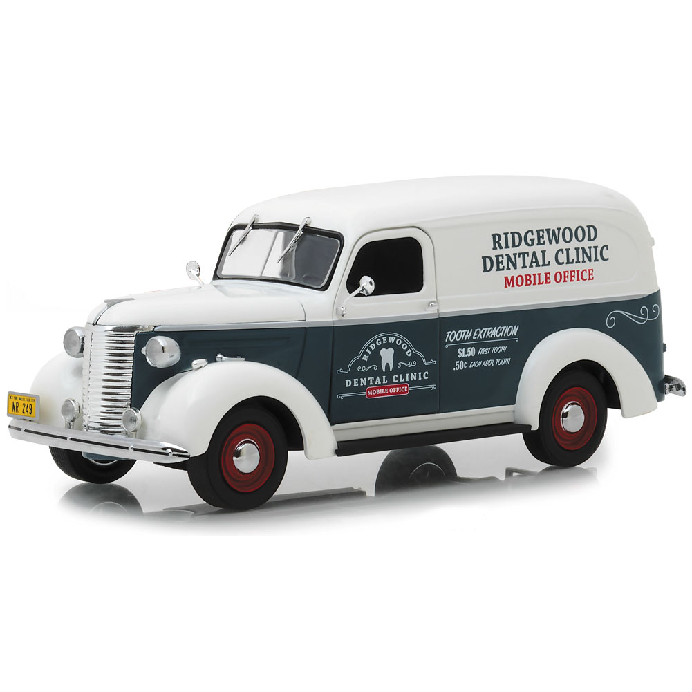 Norman Rockwell 1939 Chevy Panel Truck Die Cast Limited Edition Collectable
