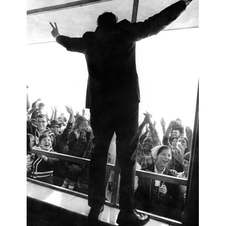 Former Vice President Richard Nixon In His Uniquely Styled Victory Posture He Stands On A Window Sill Inside Illinois High School Where He Was Giving A Campaign Speech Oct 19 (Best Way To Clean Inside Window Sills)