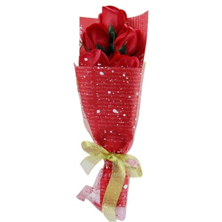 Valentines Day Red Roses Bouquet Gift Box Wrapped of 5 Scented Roses ()