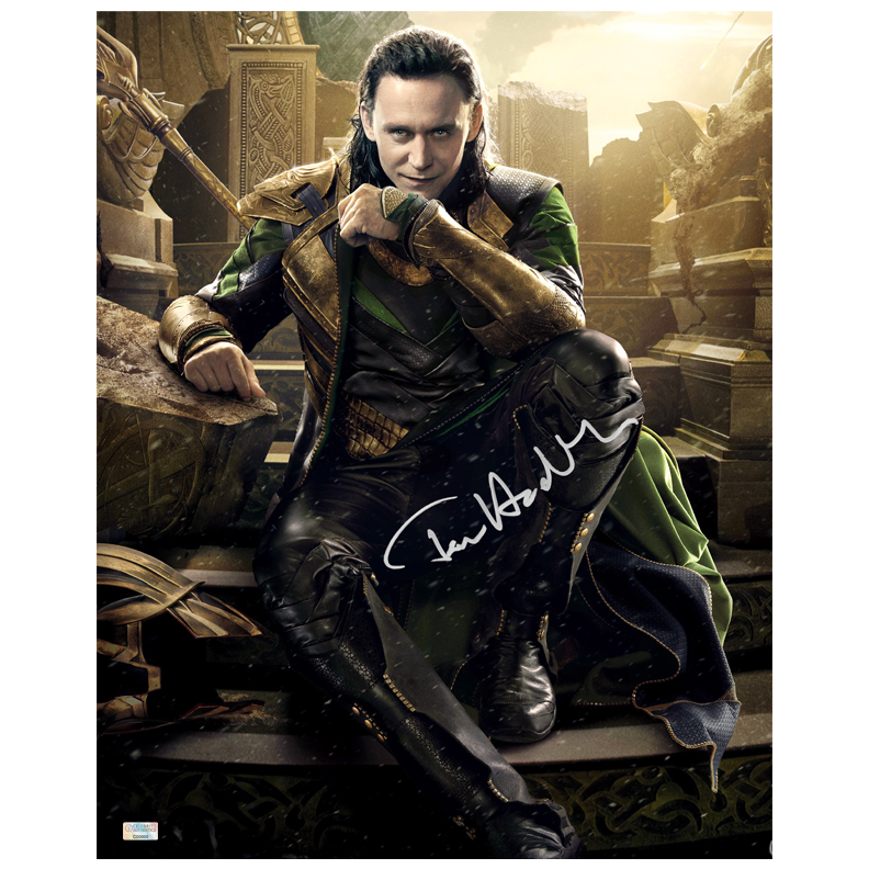 Tom Hiddleston Autographed Loki 16?20 Master of Mischief Photo