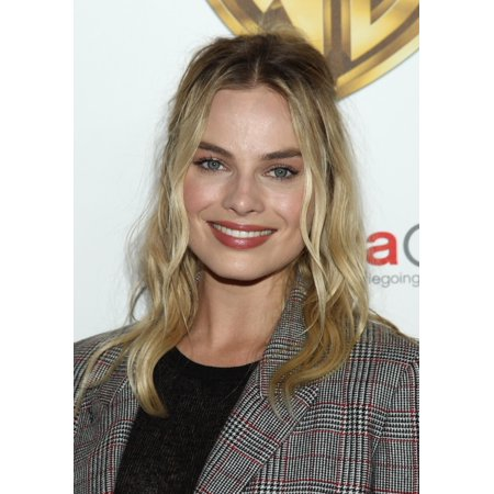 Margot Robbie In Attendance For Warners Bros Cinemacon 2016 Event Caesars Palace Las Vegas Nv April 12 2016 Photo By James Atoaeverett Collection Photo Print
