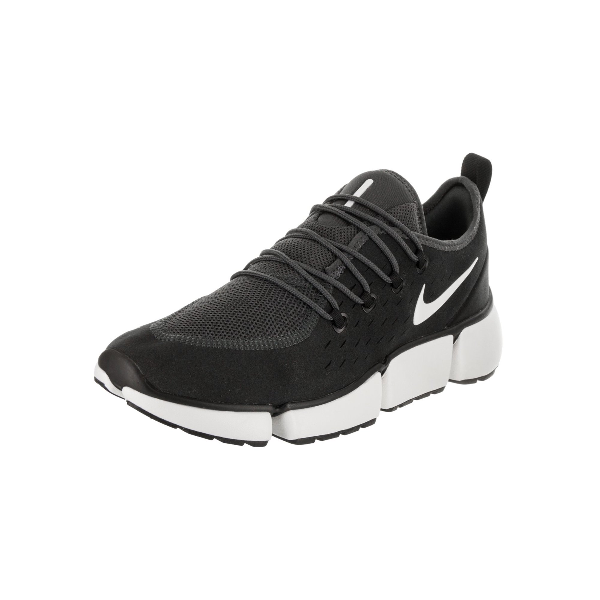 buy popular 1e6bd 552f7 Nike Men's Pocket Fly DM Casual Shoe