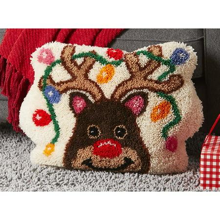 Sundance™ Reindeer Games Pillow Latch Hook Kit ()