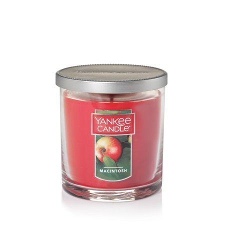 Yankee Candle Macintosh - Small Tumbler Candle