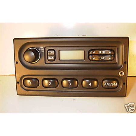 Ford F150 Truck AM FM iPod Input Radio 1999 2000 2001 2002 2003 - 7C2T-18K810-AA -