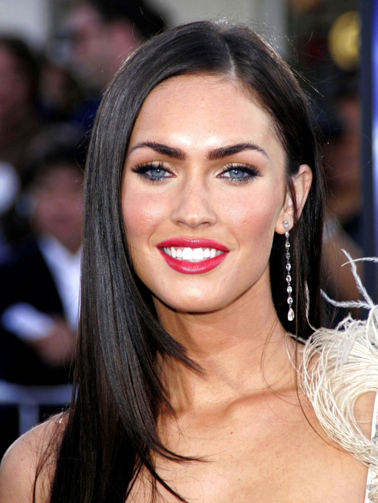 Megan Fox At Arrivals For Transformers Premiere By ...
