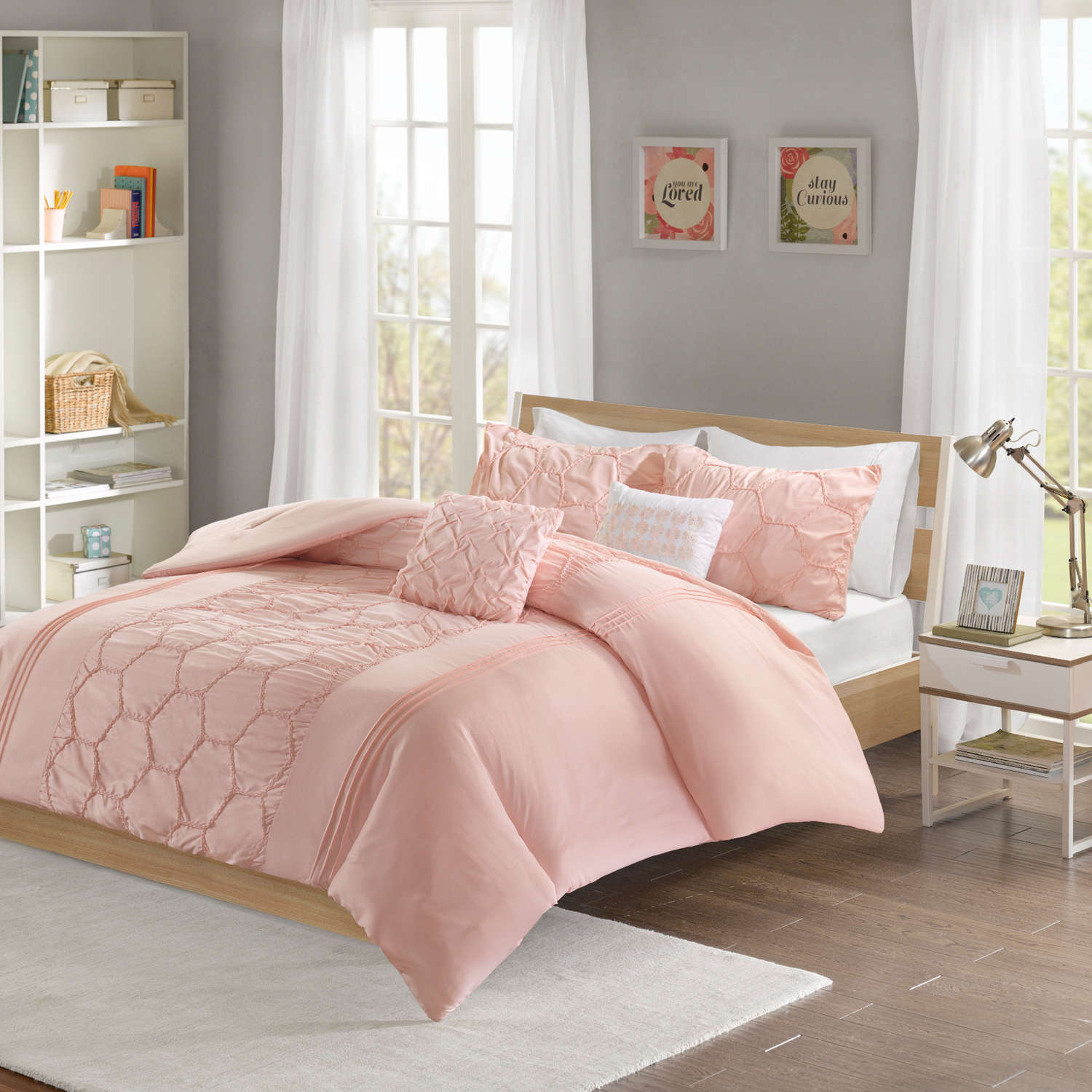 Blush Etta Comforter Set Twin/Twin XL