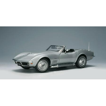 1969 Chevrolet Corvette Cortez Silver 1 Of 6000 Made 1/18 Diecast Model Car by Autoart 18 Autoart Diecast Model
