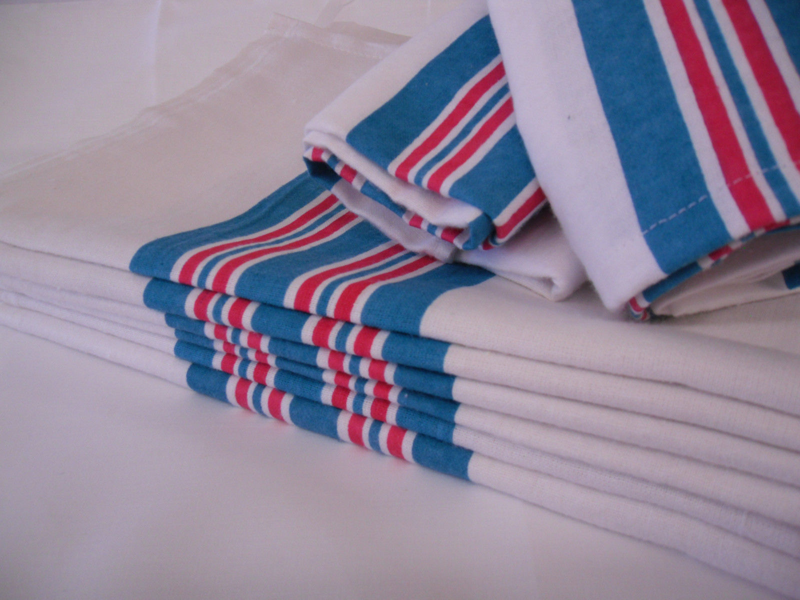 "GHP 15-Pcs White Blue Pink Striped 30""x40"" Hospital Swaddling Receiving Blankets by Globe House Products"
