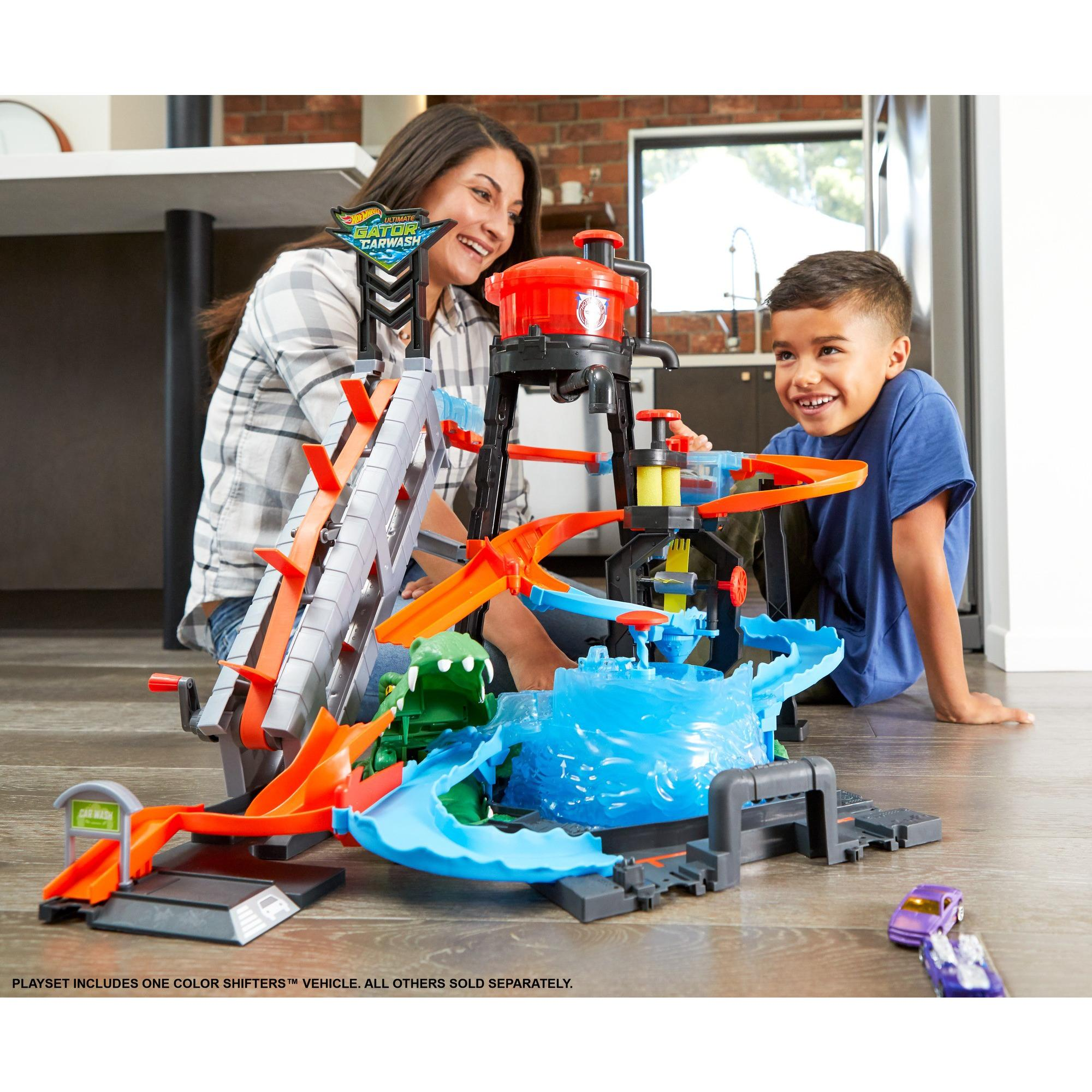 Hot Wheels Ultimate Gator Car Wash Kids Play Set With Color Shifters