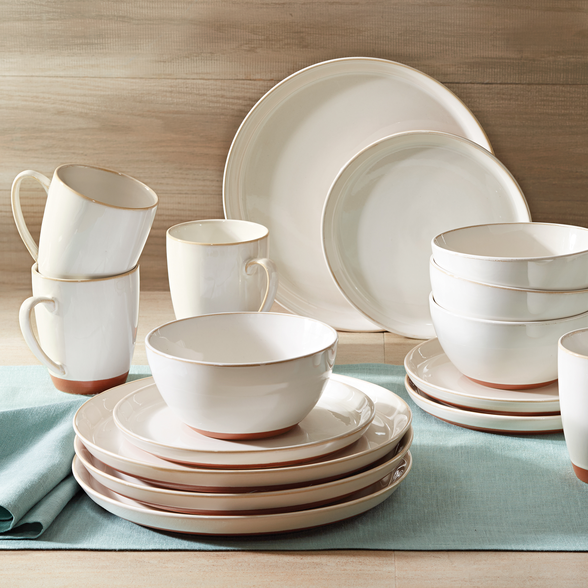 Better Homes and Gardens Claybrooke 16 Piece Dinnerware Set, Cream by Better Homes and Gardens
