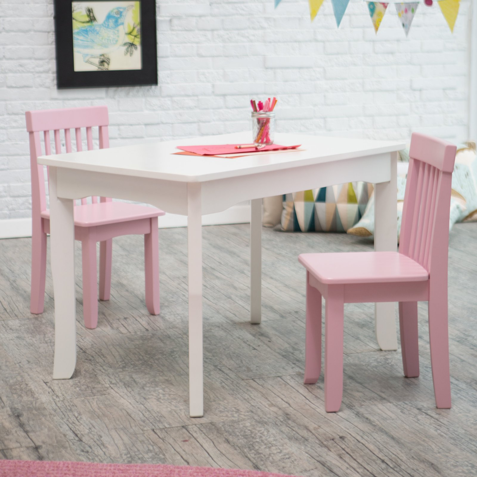 Lipper Mystic Table And Chair Set   Pink