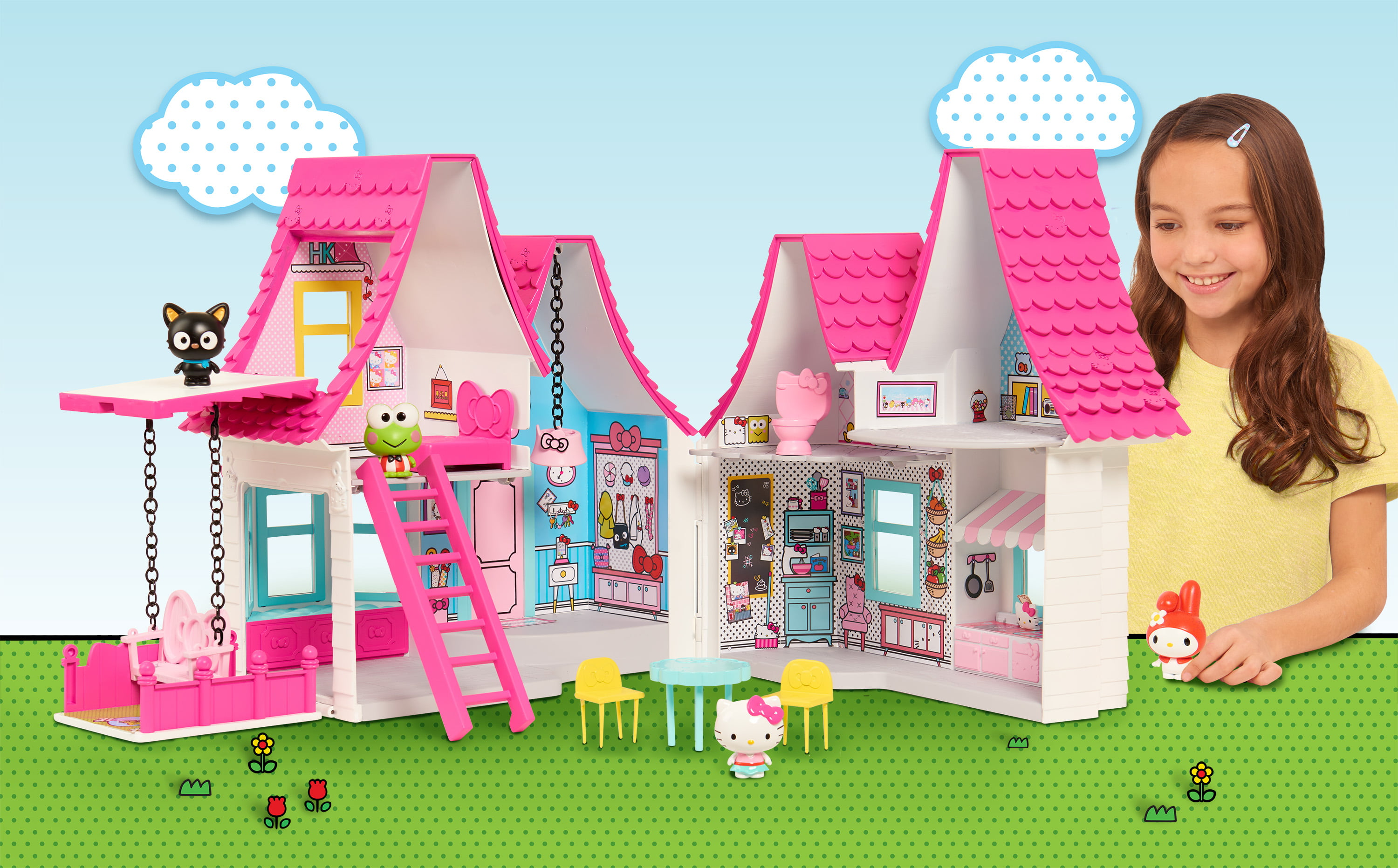 hello kitty doll house over 15 inches tall perfect house. Black Bedroom Furniture Sets. Home Design Ideas