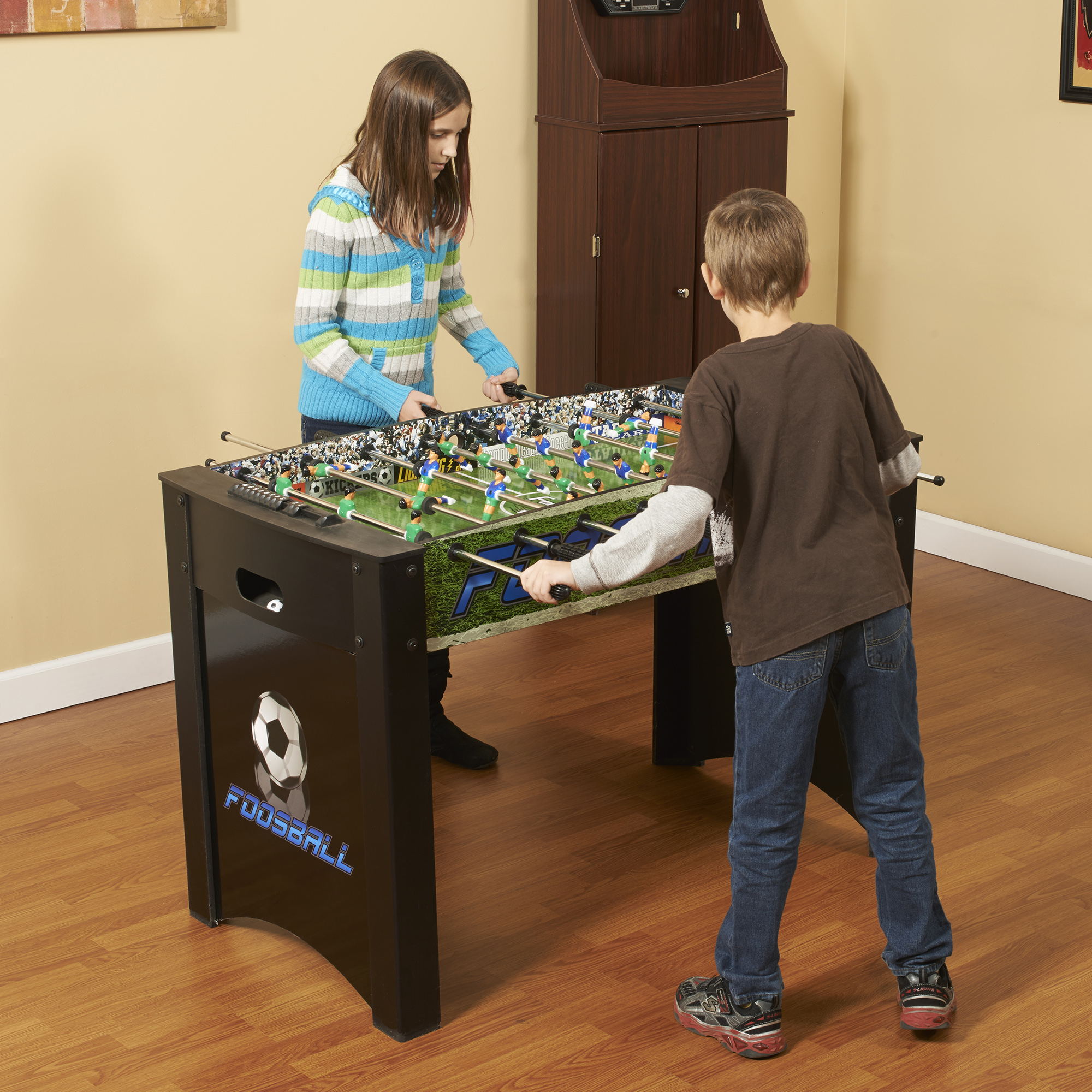Hathaway Playoff 4-Foot Foosball Table, Soccer Game for Kids and Adults with Ergonomic Handles, Analog Scoring and Leg Levelers
