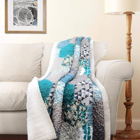 Triangle Home Fashions Briley Sherpa Throw