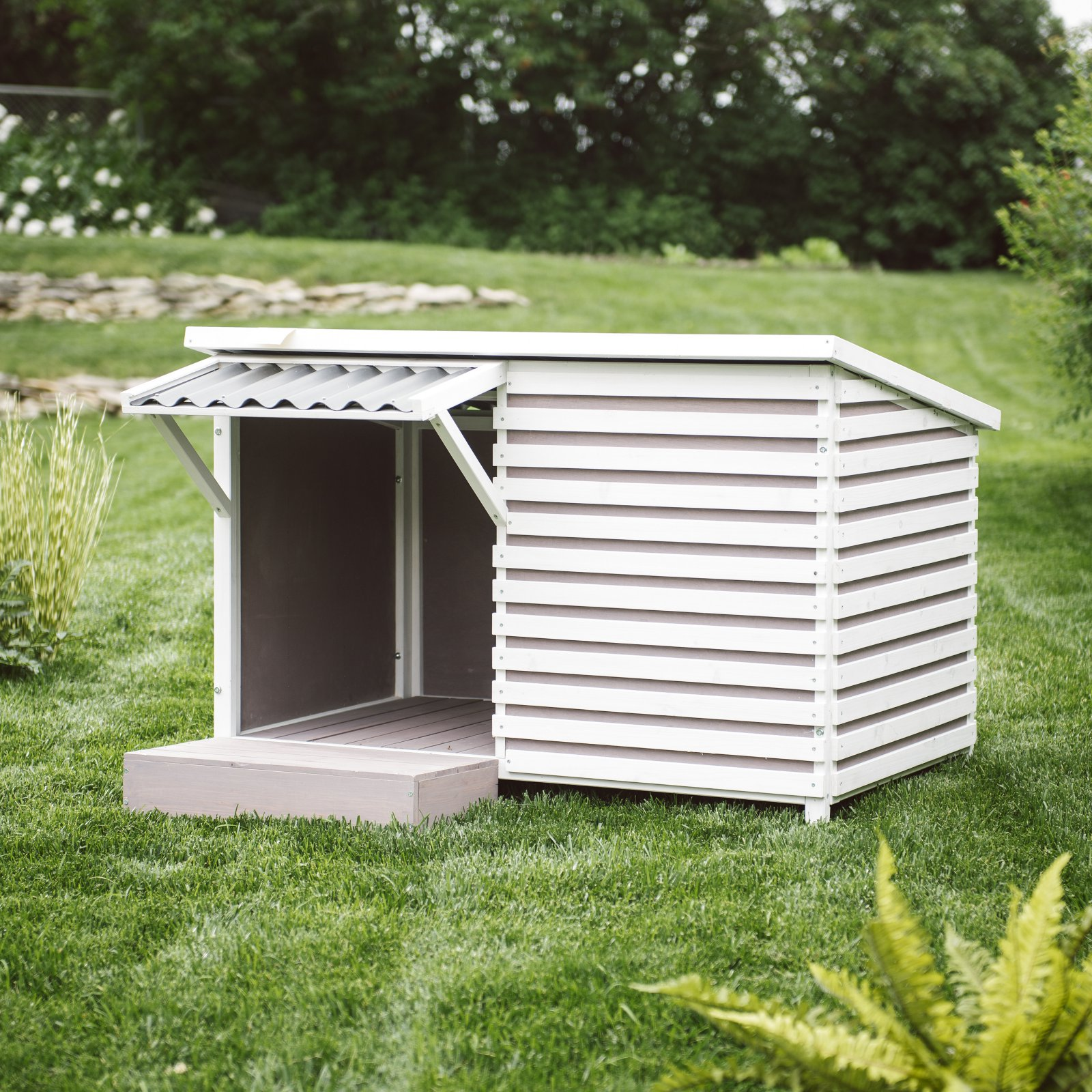 Boomer & George Archie Dog House by Boomer & George