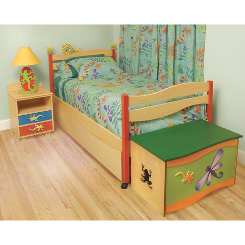 Room Magic Little Lizard Twin Slat Bedroom Collection