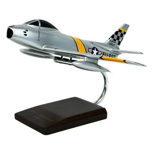 Daron Worldwide F-86F Sabre - 1/48 Scale Model Airplane