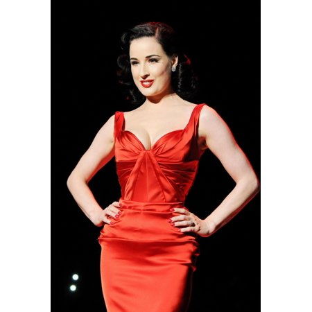 Dita Von Teese In Attendance For The 2011 Heart Truth Red Dress Collection Fashion Show Lincoln Center New York Ny February 9 2011 Photo By Desiree NavarroEverett Collection Celebrity - Dita Von Teese Halloween