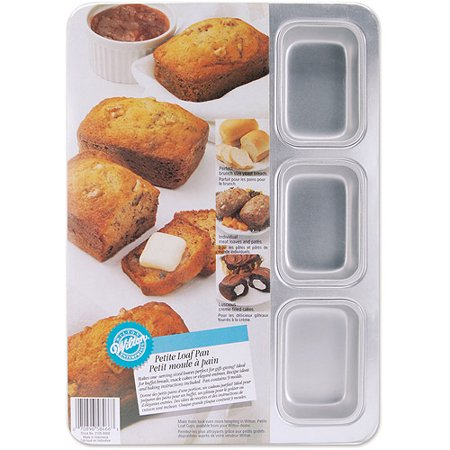 Wilton 9-Cavity Petite Loaf Pan 2105-8466