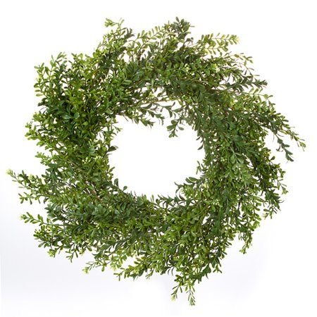 Boxwood Wreath: Green, 24 inches