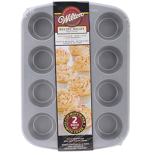 Wilton Recipe Right 12-Cavity Covered Muffin Pan 2105-1832