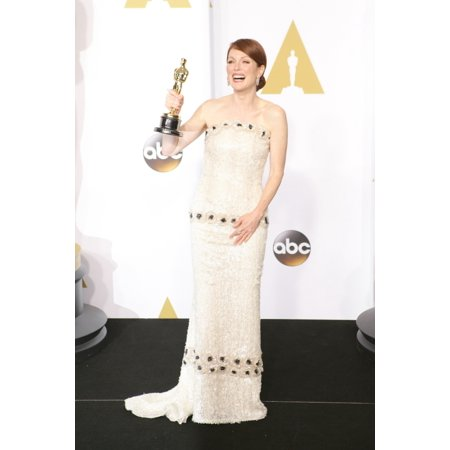 Julianne Moore Winner Of The Best Actress In A Leading Role For Still Alice In The Press Room For The 87Th Academy Awards Oscars 2015 - Press Room The Dolby Theatre At Hollywood And Highland Center