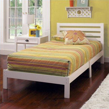 Hillsdale Aiden Twin Bed Set in White - image 1 de 1