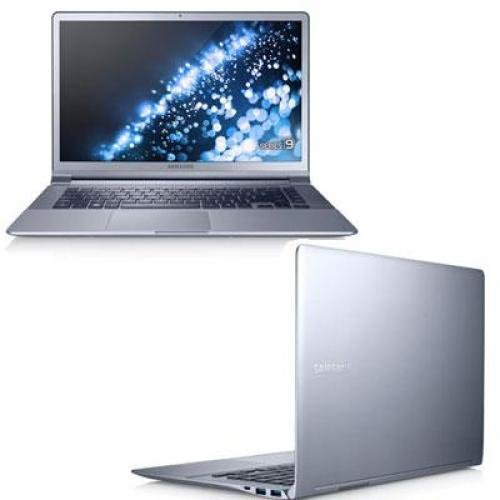 """Samsung Silver 15"""" Series 9 NP900X4D-A01US Laptop PC with Intel Core i5-3317U Processor and Windows 7 Professional"""