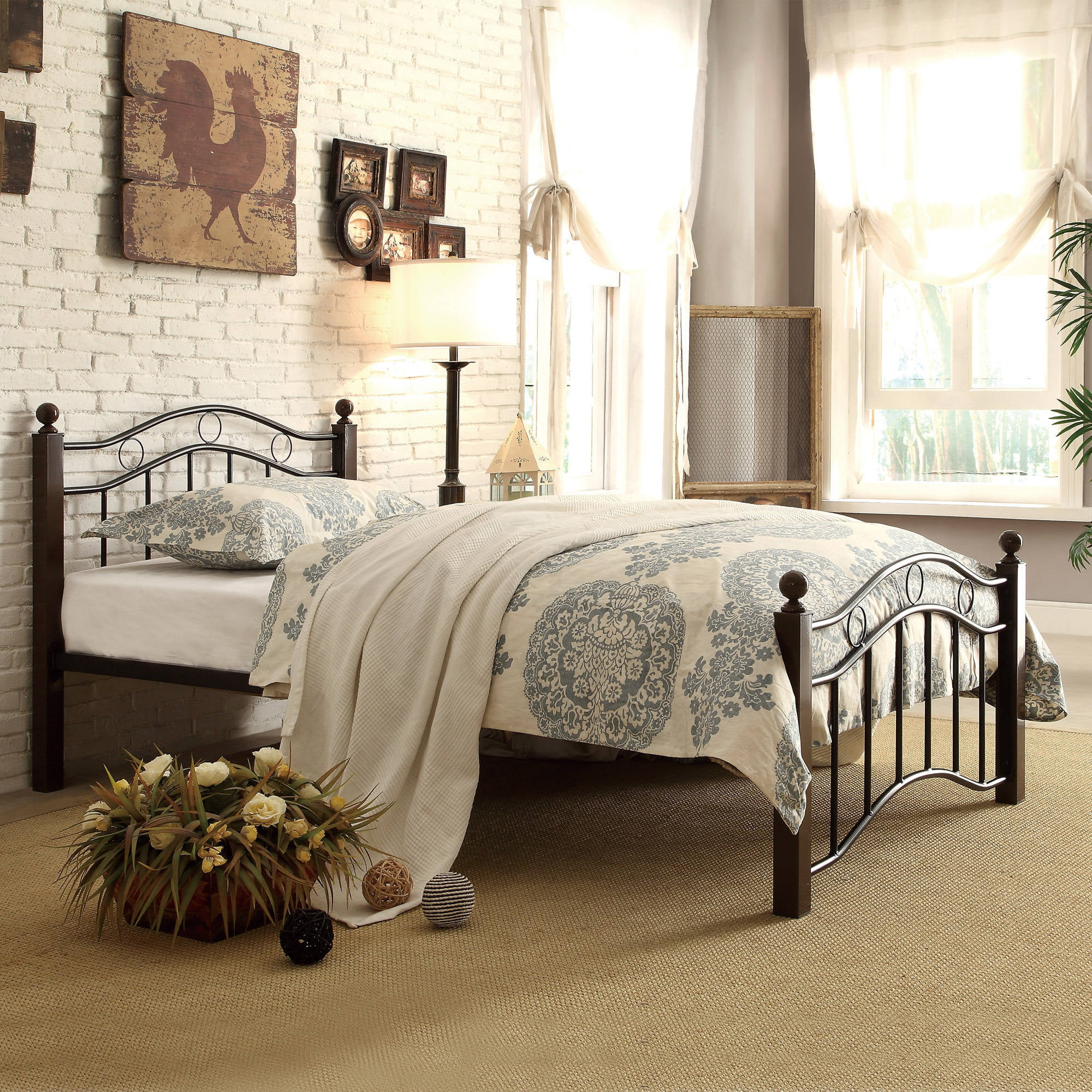 Chelsea Lane Abigail Square Post Brown And Black Metal Platform Full Bed Walmart Com Walmart Com
