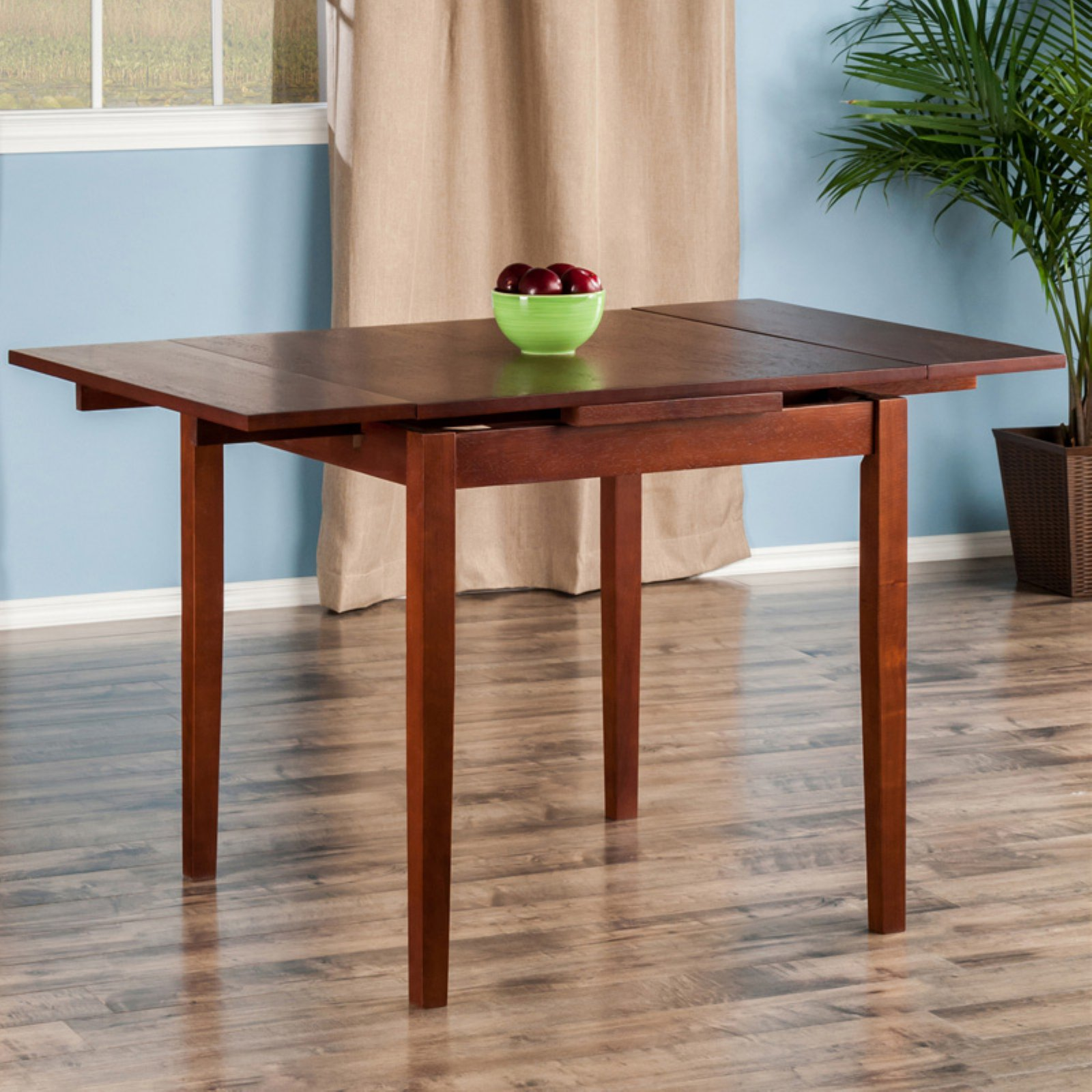 Winsome Pulman Extension Table, Walnut