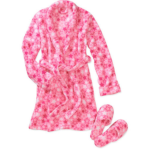 Polyester. Fleece is an extremely warm fabric, and several baby boys' robes made of it feature hoods, some of which have cute ears attached. Fleece robes tend to be soft and gentle against your baby's skin, for optimal comfort.